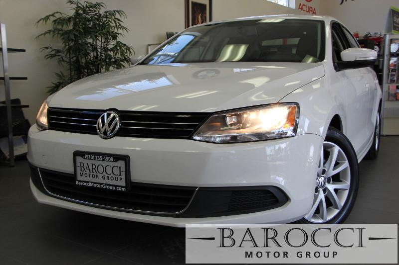 2013 Volkswagen Jetta SE PZEV 4dr Sedan 6A 6 Speed Auto White Child Safety Door Locks Power Doo