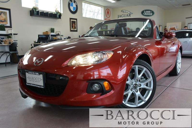 2013 Mazda MX5 Miata Grand Touring 2dr Convertible 6A 5 Speed Manual Red Black This is a beauti