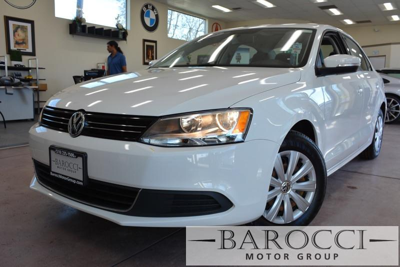 2013 Volkswagen Jetta SE PZEV 4dr Sedan 6A 6 Speed Auto White Black Child Safety Door Locks Po