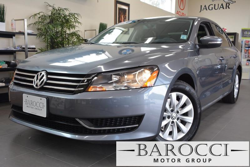 2015 Volkswagen Passat Limited PZEV 4dr Sedan 6A Automatic Silver ABS 4-Wheel Air Conditioning