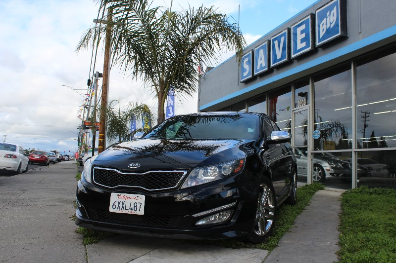 2013 KIA Optima SXL Automatic 6-Speed Black Black This is a beautiful vehicle in great conditio