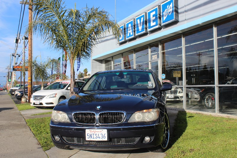 2006 BMW 7-Series 750i 6-Speed Automatic Blue Gray This is a beautiful vehicle in great conditi