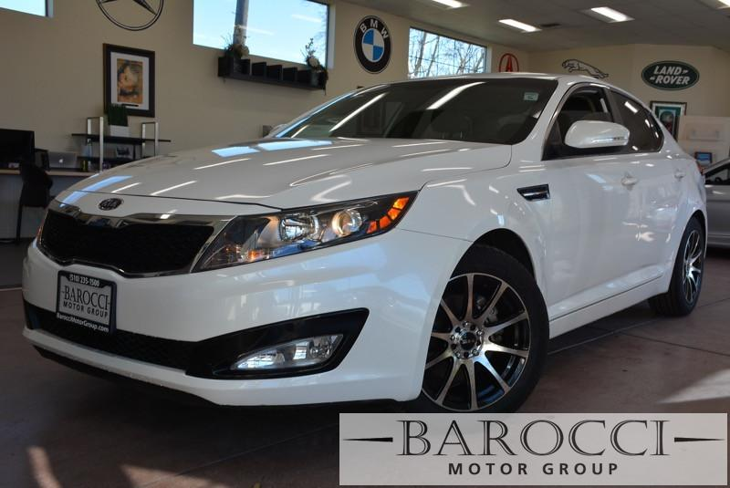 2011 Kia Optima LX 4dr Sedan 6A 5 Speed Manual White Tan This is a beautiful vehicle in great c