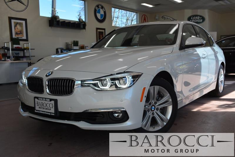 2016 BMW 3 Series 328i 4dr Sedan SULEV SA 8 Speed Auto White Gold Child Safety Door Locks Powe