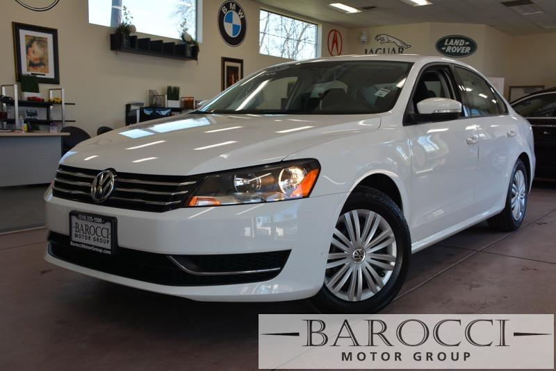 2015 Volkswagen Passat S PZEV 4dr Sedan 6A 6 Speed Auto White ABS 4-Wheel Air Conditioning All