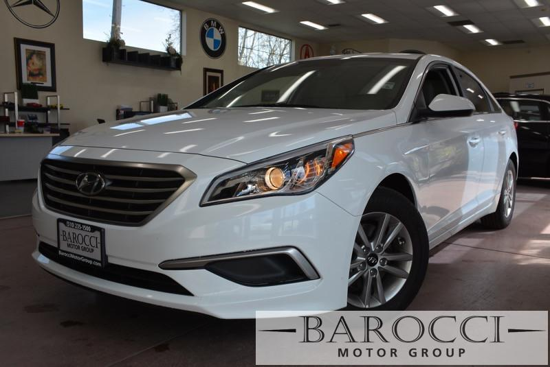 2017 Hyundai Sonata SE SEDAN Automatic White Gray Gorgeous white Sonata comes with a back-up ca