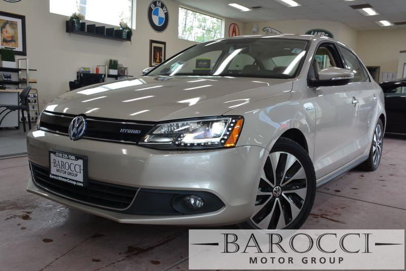 2014 Volkswagen Jetta Hybrid SEL 4dr Sedan 7 Speed Auto Silver Black We are proud to offer a cl