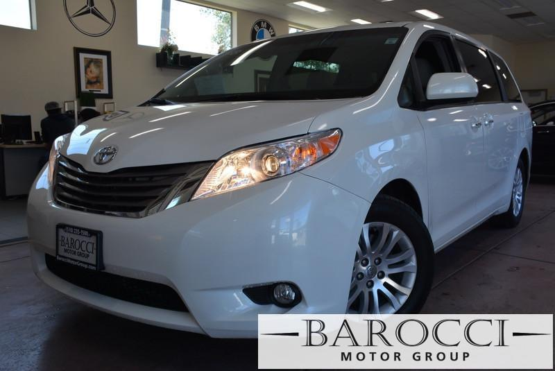 2014 Toyota Sienna XLE 7-Passenger AWD  4dr Mini-Van 6 Speed Auto White Beige You are looking a