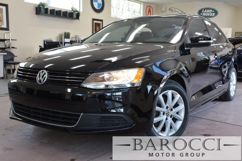 2014 Volkswagen Jetta SE PZEV 4dr Sedan 6A wConnectivi 6 Speed Auto Black We are proud to offer