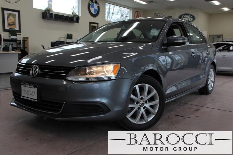 2014 Volkswagen Jetta SE PZEV 4dr Sedan 6A 6 Speed Auto Gray You are looking at a super nice one