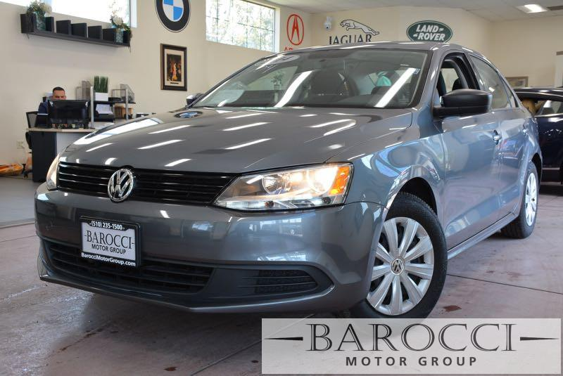 2014 Volkswagen Jetta S 4dr Sedan 6A 6 Speed Auto Gray You are looking at this frontline ready o