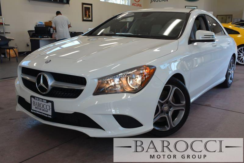 2014 MERCEDES CLA CLA250 4dr Sedan 7 Speed Auto White Now offering a delightful 2014 Mercedes-Be