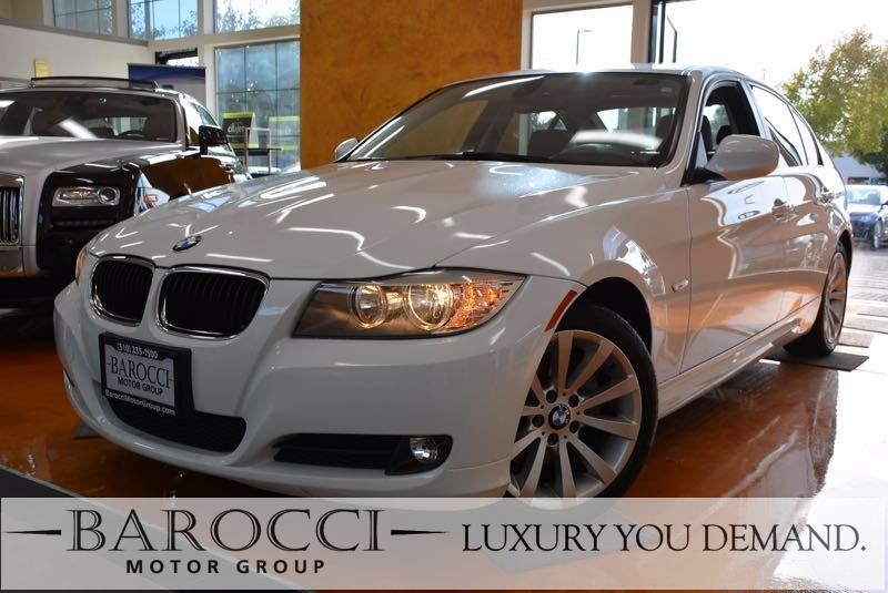 2011 BMW 3 Series 328i 4dr Sedan Automatic White Black This is a clean 2011 BMW 3 Series that i