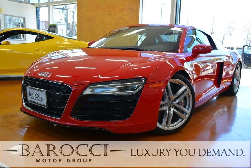 2014 Audi R8 42 quattro AWD  2dr Coupe 7A 7 Speed Auto Red You are looking at a fabulous one ow