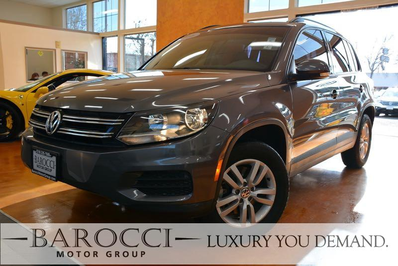 2016 Volkswagen Tiguan 20T S 4dr SUV 6 Speed Auto Gray We are pleased to offer a superb one own