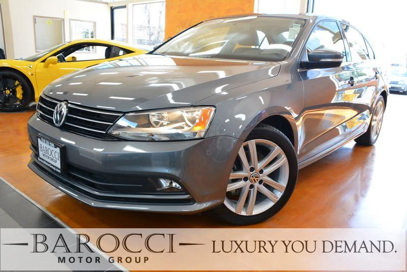 2015 Volkswagen Jetta TDI SEL 4dr Sedan 6A 6 Speed Auto Gray You are looking at a great one owne