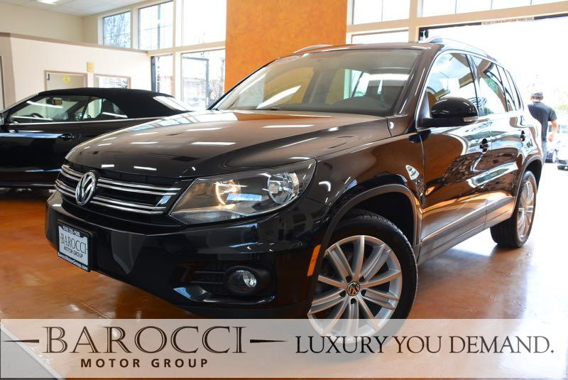2015 Volkswagen Tiguan SEL 4dr SUV 6 Speed Auto Black We are excited to offer a beautiful one ow