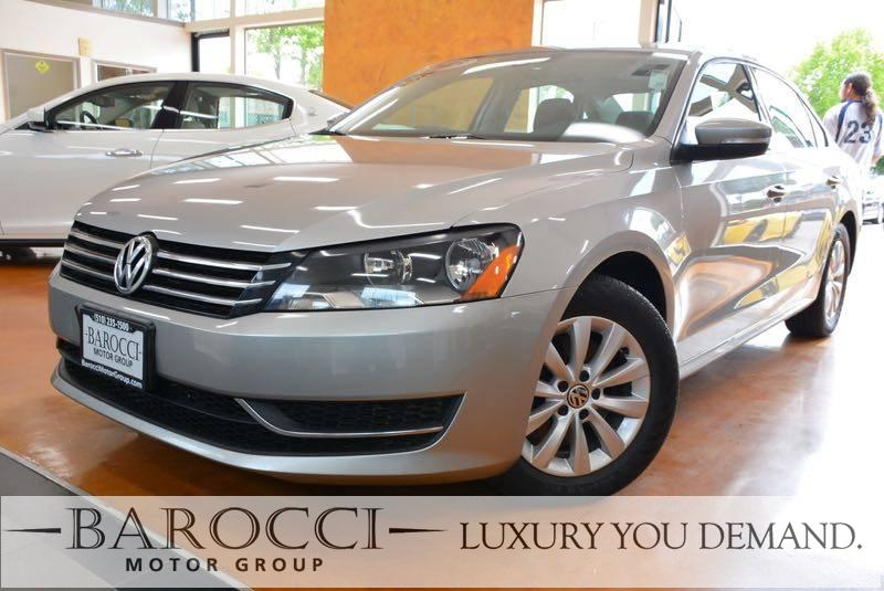 2013 Volkswagen Passat S PZEV 4dr Sedan 6A w Appearanc 6 Speed Auto Silver You are looking at a