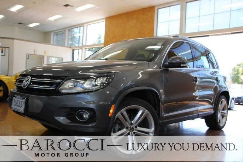 2015 Volkswagen Tiguan R-Line 4dr SUV 6 Speed Auto Gray Now offering an exquisite one owner 2015